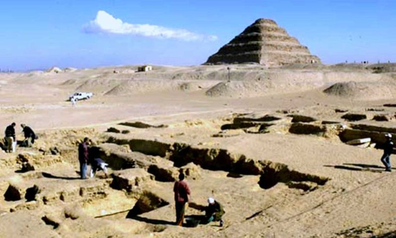 Excavaciones arqueológicas en la necrópolis de Saqqara.