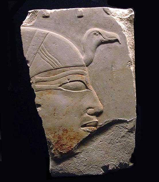 Perfil de Anjenespepi II hallado en su templo funerario.