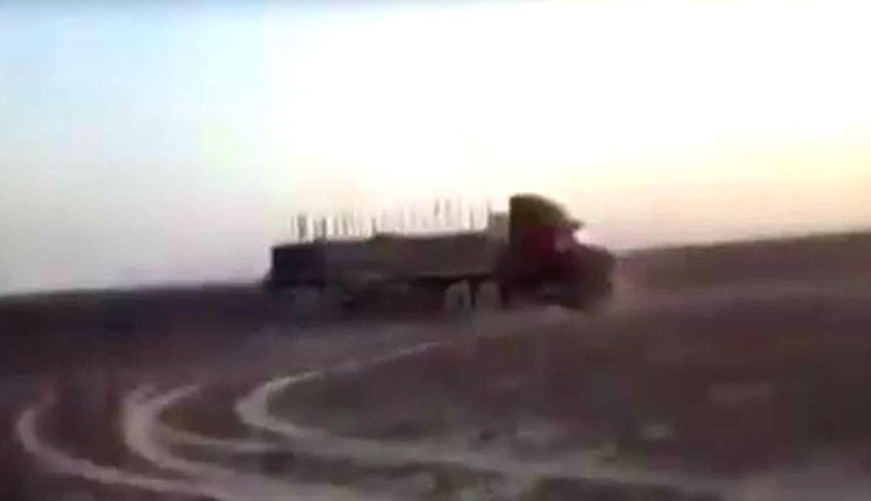 Un camión de placa B3R-946 perteneciente a la empresa Transportes Pakatnamu SAC, dañó de forma irreparable las emblemáticas líneas de Nasca