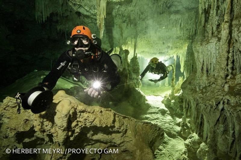 La cueva submarina más grande del mundo fue descubierta en México por exploradores del Gran Acuífero Maya.