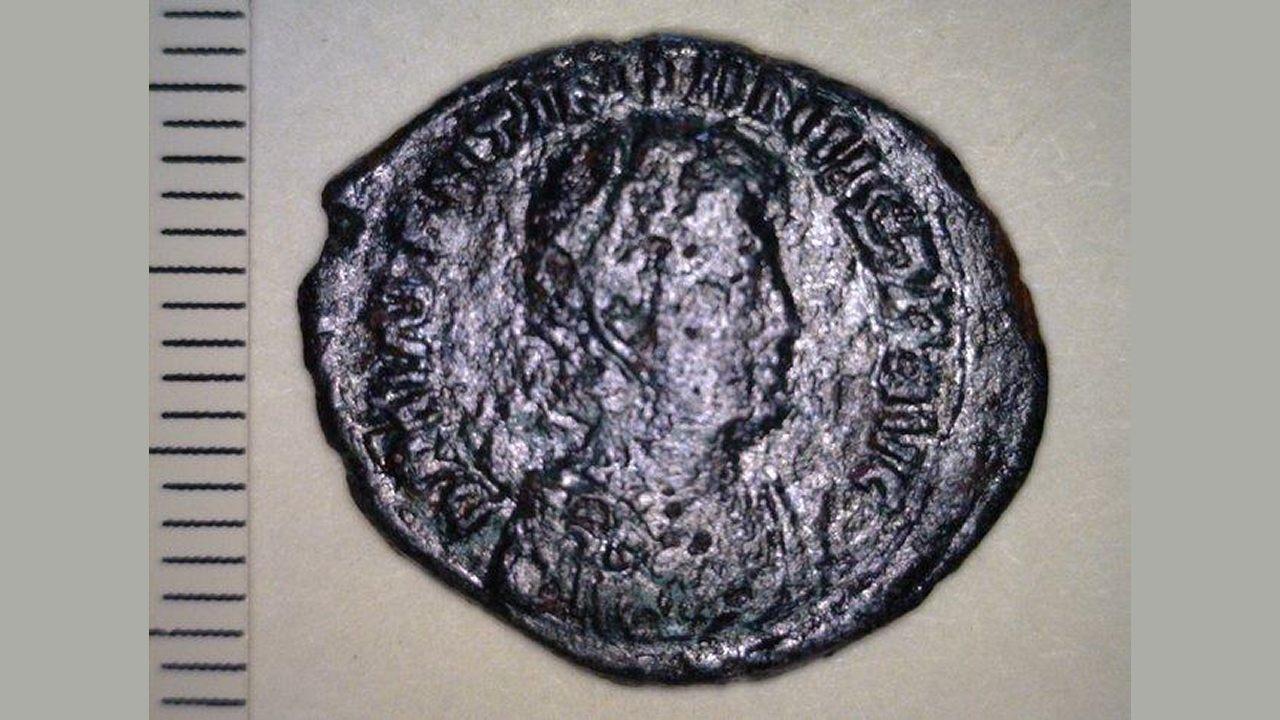 Hallan monedas de bronce de 1.500 años de antigüedad en Grecia