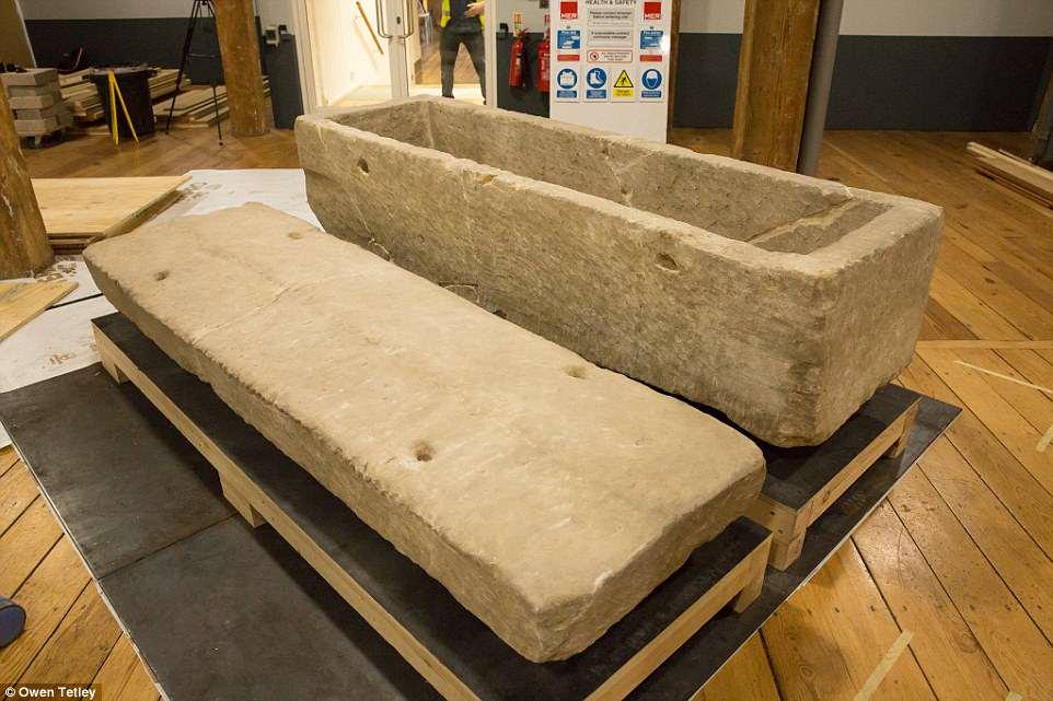 Conocido como el «sarcófago de Southwark», el artefacto se exhibe en el Museo de Docklands