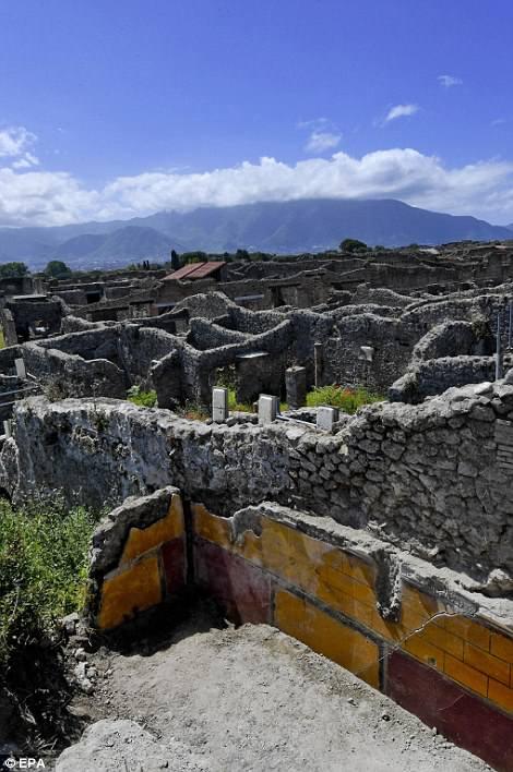 Vista general de las excavaciones en el sitio arqueológico de Pompeya