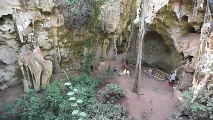 Cueva de África cambia la historia de la evolución humana