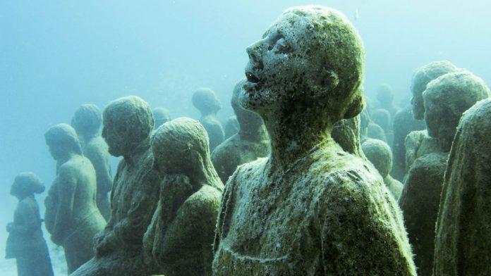 Abren primer museo de arte subacuático de EE.UU.