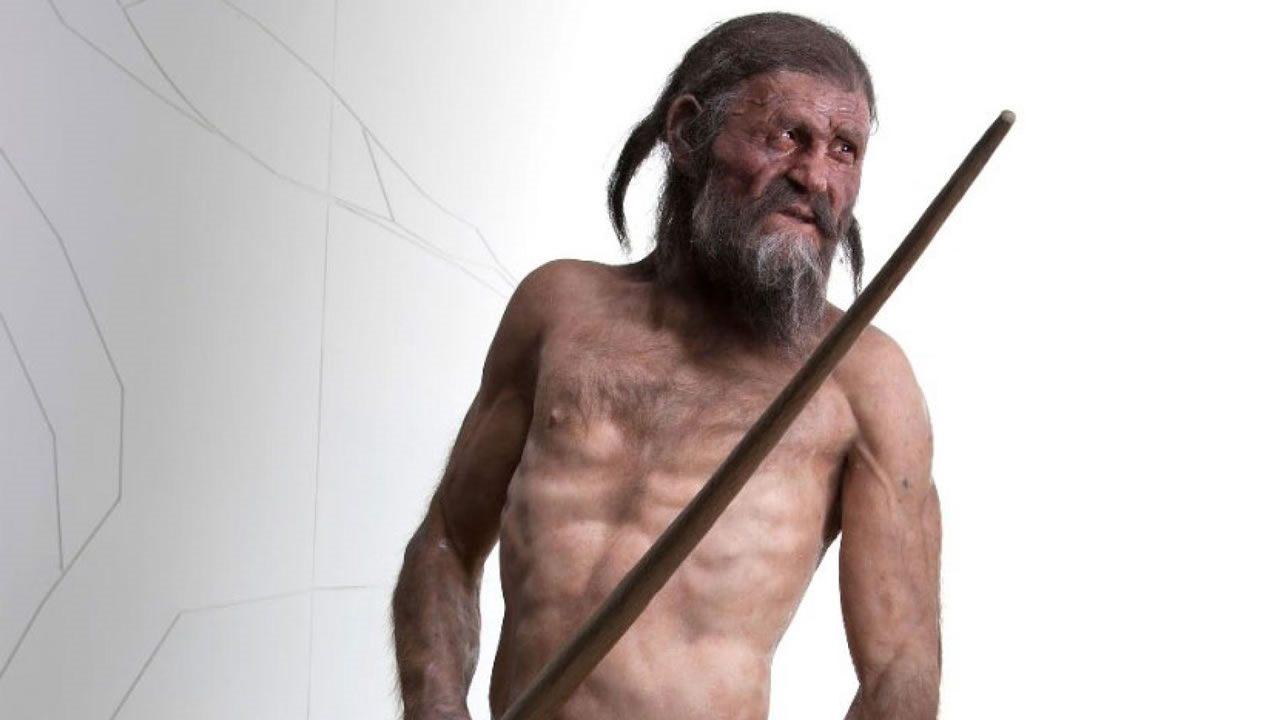 Revelan misterios de Ötzi, una momia congelada hace 5.300 años