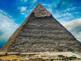 Hallan que la pirámide de Giza concentra las ondas de radio