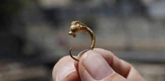 Pendiente de oro de 2.200 años es hallado en Jerusalén
