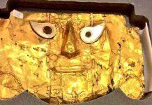 Devuelven a Perú una milenaria máscara de oro luego de 20 años