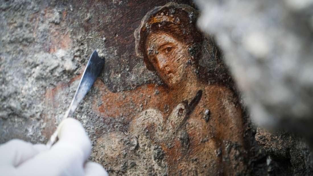 Hallan antigua habitación con diseños eróticos en Pompeya
