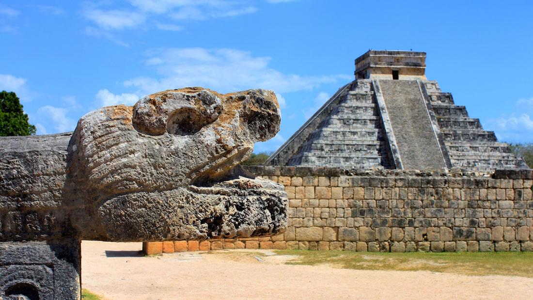 Descubren un «tesoro científico» bajo las ruinas de Chichén Itzá en México