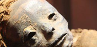 Antiguo sarcófago egipcio será abierto en vivo en TV