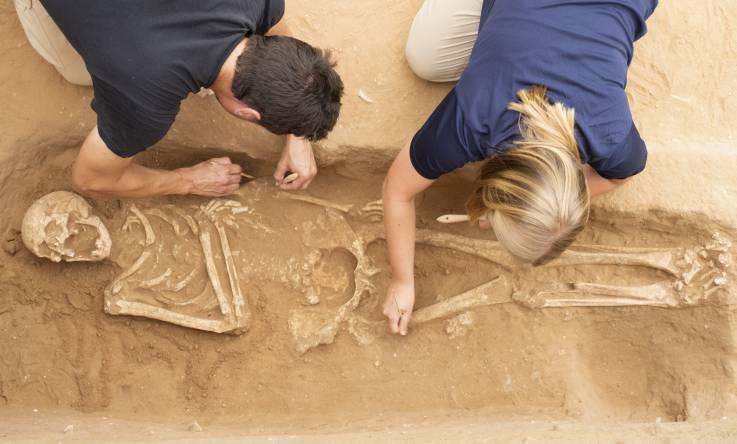Excavación del cementerio filisteo en Ashkelon